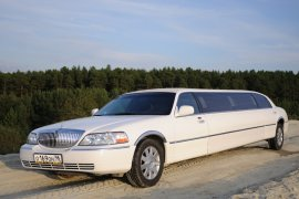 Lincoln Town Car 8 мест