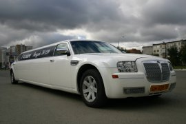 Chrysler 300C 10 мест
