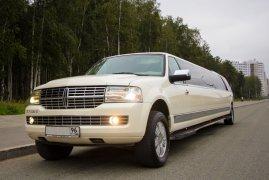 Lincoln Navigator 25 мест